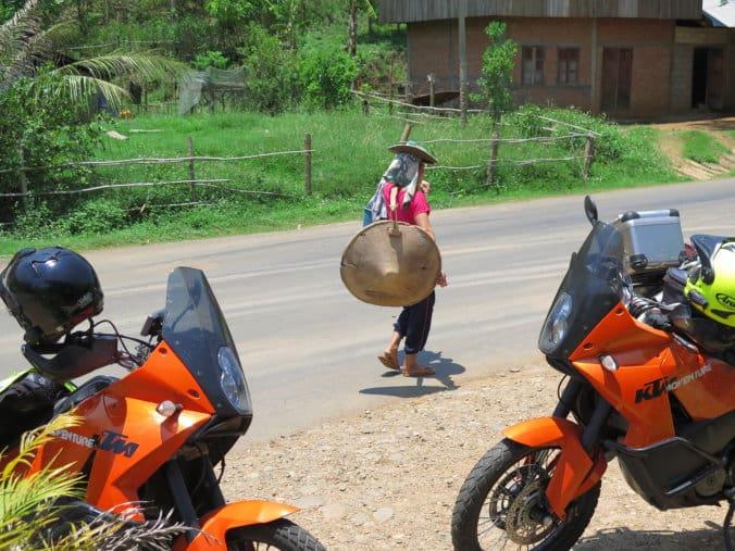 AA11 Laos 055