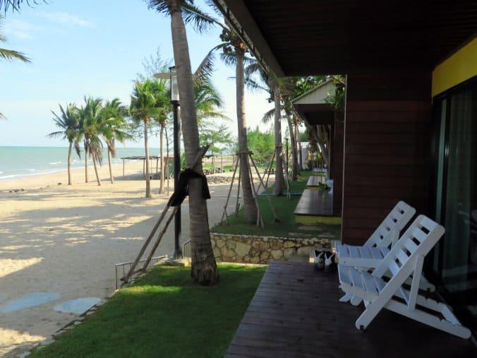 Thailand 3 028